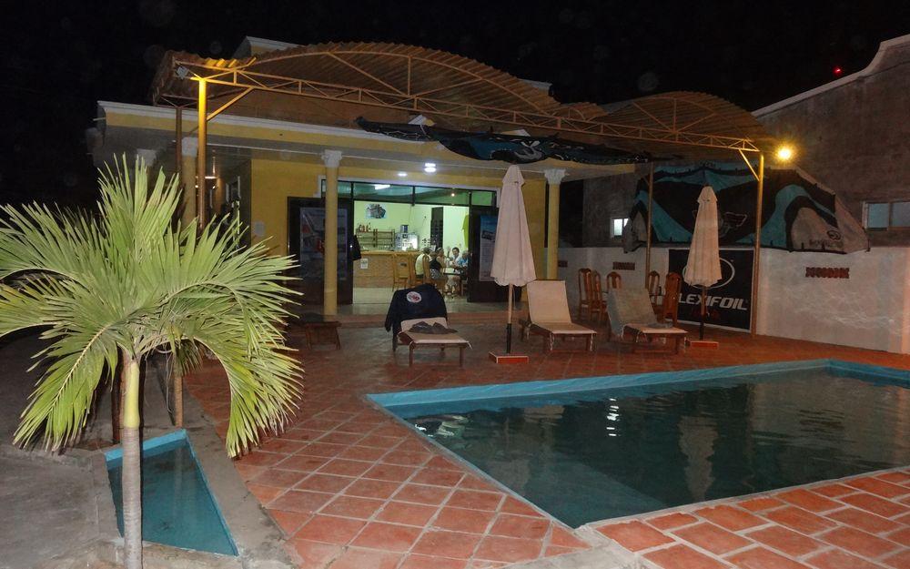 kitecamp-hotel-1000-625-n104